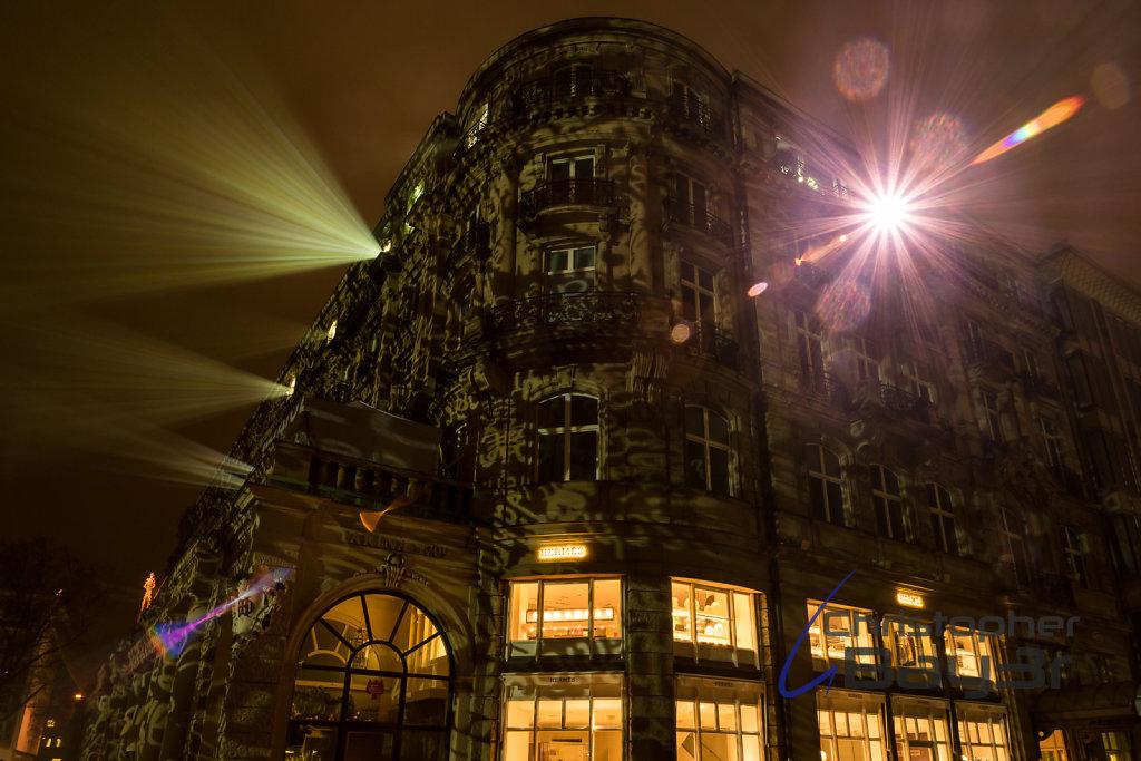 leuchtendes 5-Sterne Hotel